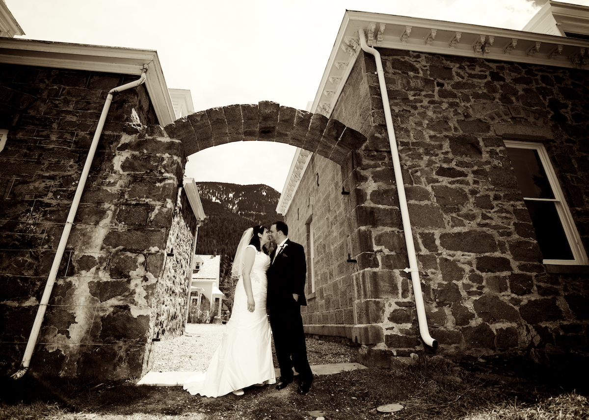 historic-hamill-house-georgetown colorado-rustic-natural-spring-wedding-photography